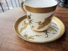 RARE ANTIQUE CUP & SAUCER ROYAL WORCESTER 1882 GOLD SILVER CHINOISERIE CRANE